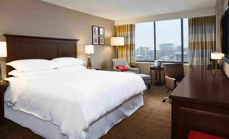 sheraton-philadelphia-university-city-hotel-king-room